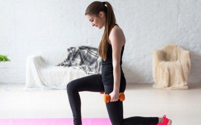 Γρήγορες ασκήσεις γυμναστικής που μπορείτε να κάνετε στο σπίτι σε ένα λεπτό.