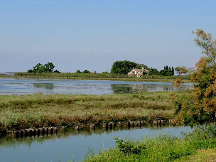 a farmhouse in Torcello overlooking the lagoon