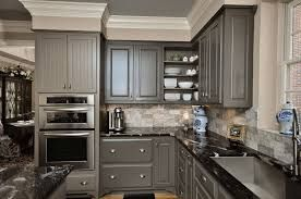 Afbeeldingsresultaat voor paint kitchen cabinets