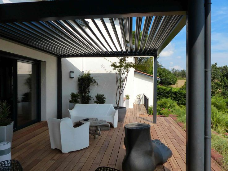 25 beste idee n over pergola bioclimatique op pinterest for Pergola bioclimatique retractable