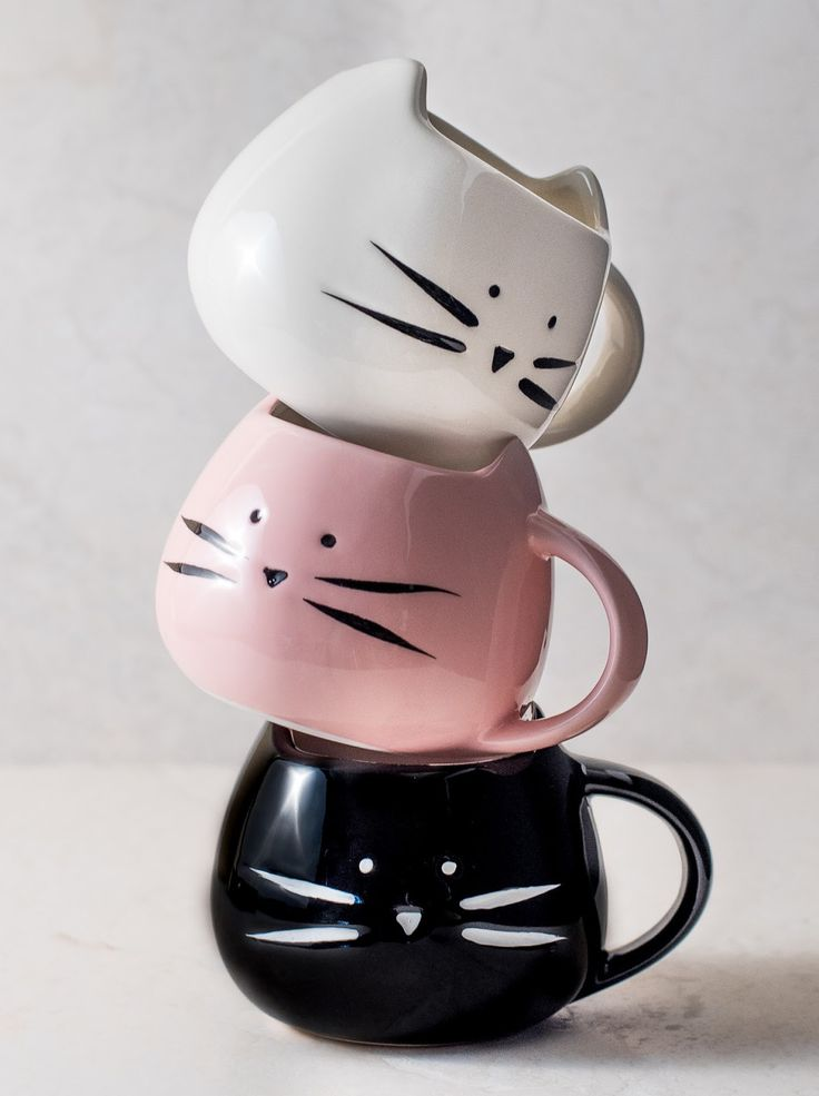 cat mug http://amzn.to/2pfvyHP and like OMG! get some yourself some pawtastic adorable cat apparel!