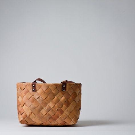 Mjölk : Finnish birch bark basket with leather straps