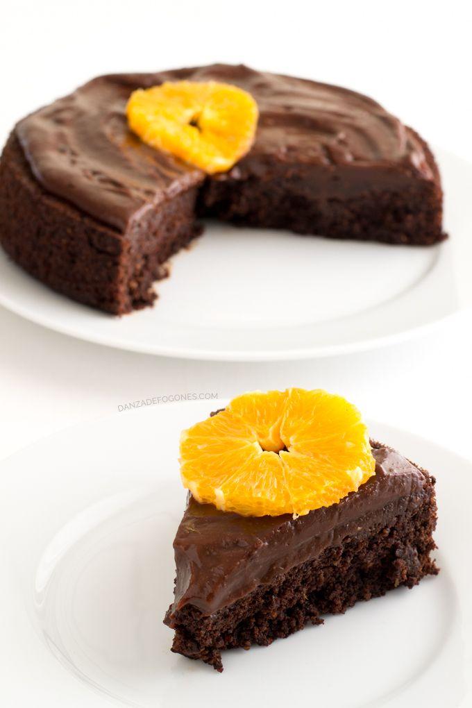 Tarta vegana de chocolate y naranja