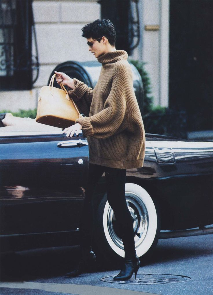 Linda Evangelista in Donna Karan | Vogue