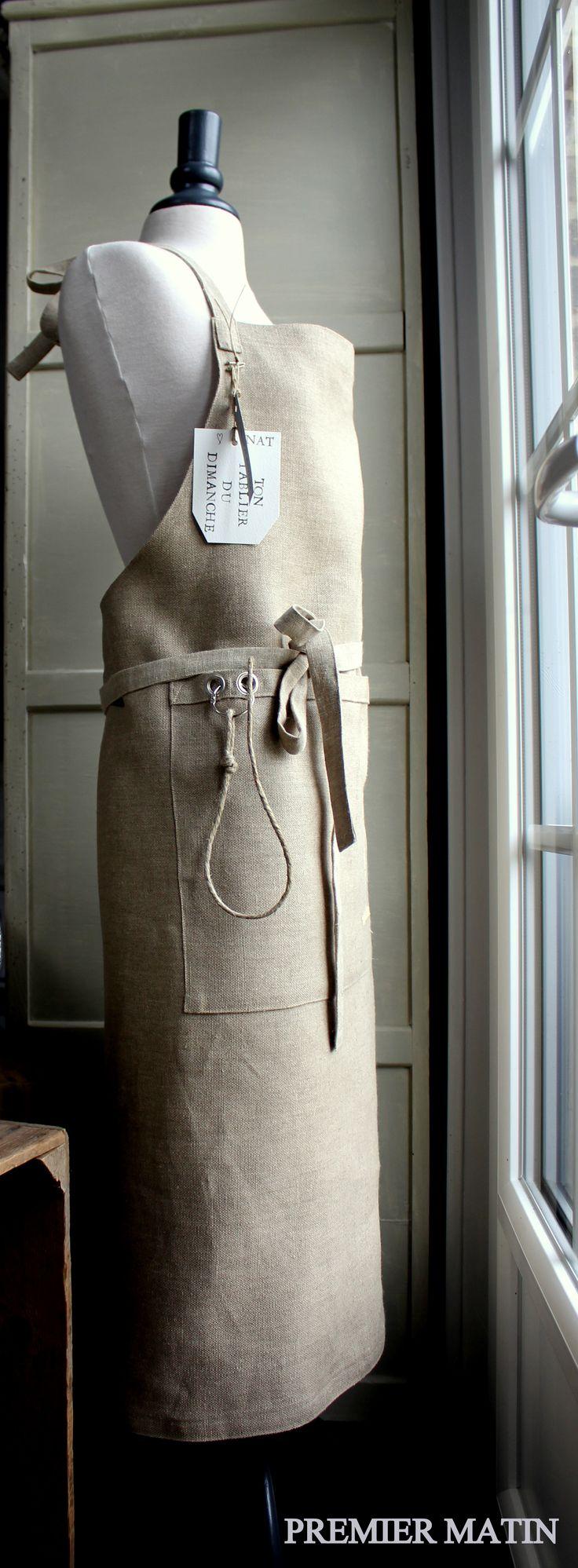 apron , large pockets.