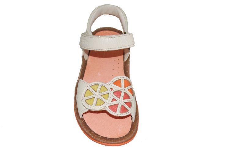 #kids #footwear Πέδιλο δερμάτινο #Camper, ζαχαρί με σχέδιο κύκλους και αυτοκόλλητα κουμπώματα.