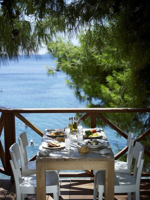 The beach front taverna at Sirene Blue Resort Hotel, Poros, Greece