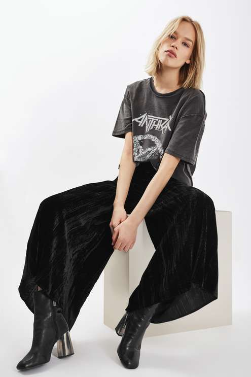 Opt for a cool wide leg with these palazzo trousers by WYLDR in the trending texture of the season, crinkle velvet. Stay style savvy by matching with a graphic tee for an offbeat vibe. #Topshop