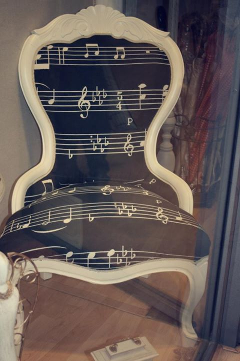 Black Music Chair. I would be so happy if i owned this chair. It would look fantastic with the rest of my music themed bedroom!!