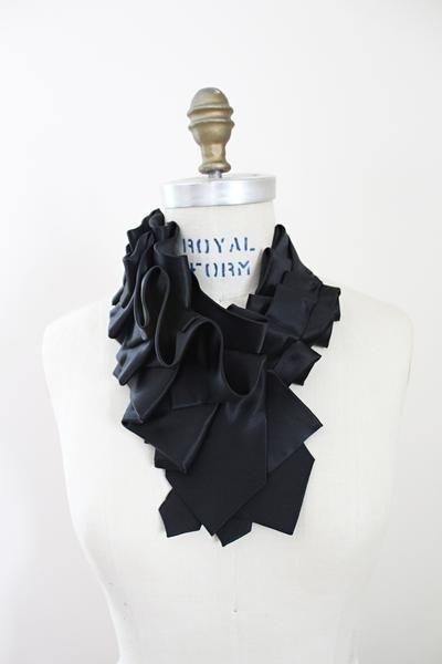 Noir Lapel - Solid Black