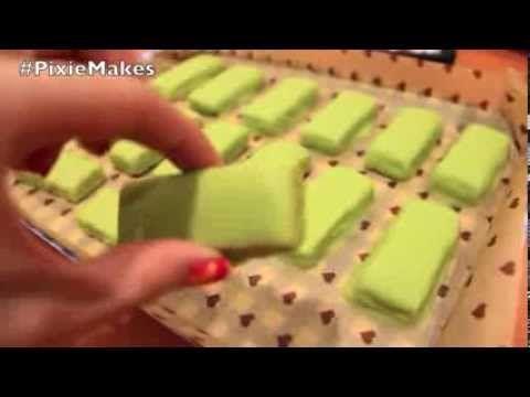 Pixie Makes: DIY Green Tea Kit Kat - YouTube