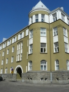 A jugend style building in the centre of Tampere, just near the Cathedral (Tuomiokirkko).