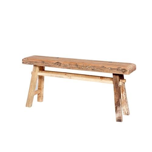 Banco de madera reciclada de estilo r stico para sentarnos en la entrada de casa en un comedor - Banco de madera rustico ...