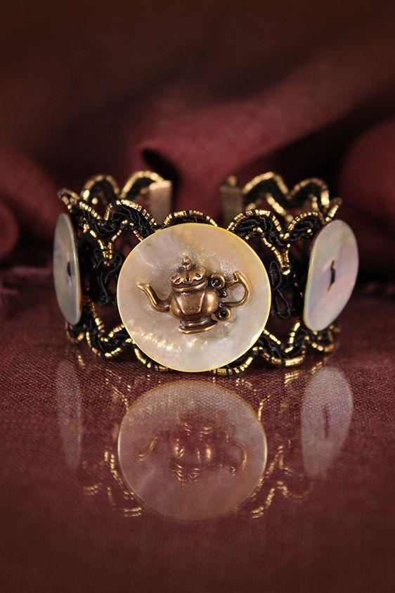 Mother of pearl bracelet by Lorien