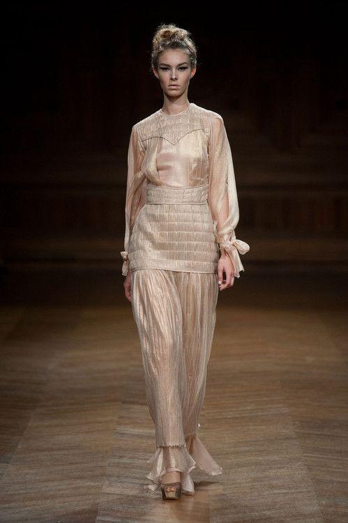 Tyene Sand - Oscar Carvallo Haute Couture fall 2013