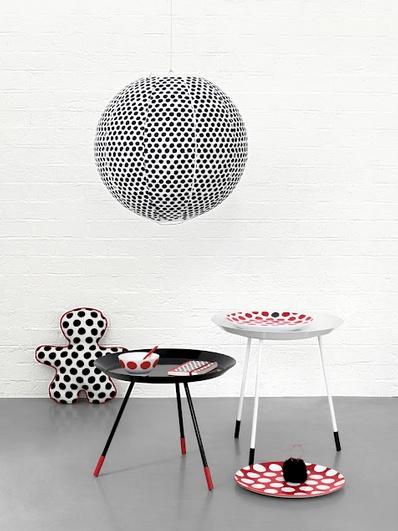 Bon plan Maison : Paola Navone, la célèbre designer italienne propose sa nouvelle collection Maison et s'invite chez Monop!     Rendez vous chez Monoprix dès le 21 novembre 2012.    Et en attendant (du 14 au 21 Novembre) chez Merci !