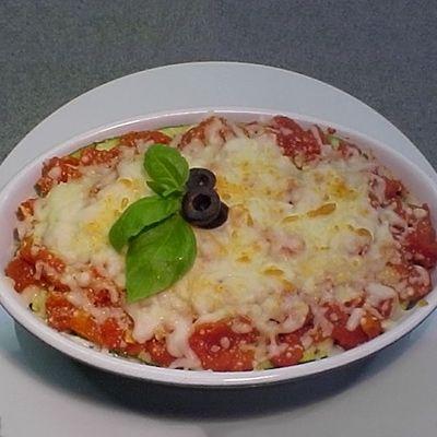 Courgettes en lasagne , sauce de tomates fraîches