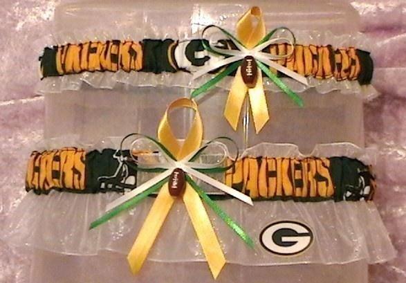 Packers GarterPackers Garters, Wedding Garters, Nfl Football, Green Bays Packers Wedding, Wedding Green Bays Packers, Dream Wedding, Garters Sets, Green Bay Packers, Bridal Accessories