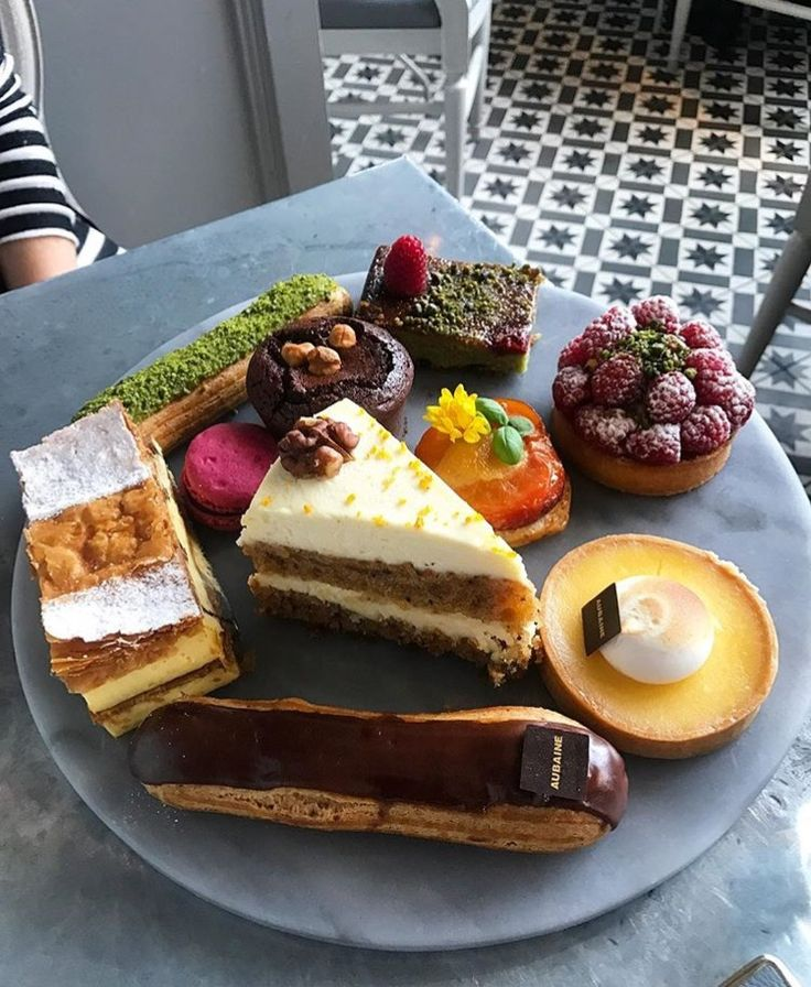 Eat cake because it's someone's birthday somewhere. 📸 ashleyavinoux