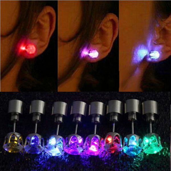 hete koele mode oorbellen uniek design led light up bling oorstekers dance party vrouwen mannen accessoires nieuwe jaar $1.25 (free shipping)