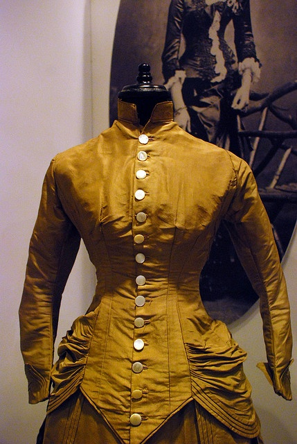 Mina Harker Victorian Era Fashion by Tania Ho, via Flickr