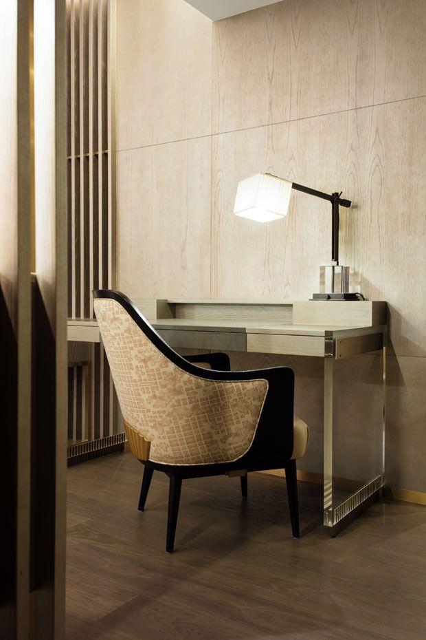 The Landmark Mandarin Oriental Hotel In Hong Kong Refurbished Its 109 Rooms With Help Of Award Winning Designer Joyce Wang Project Coincided