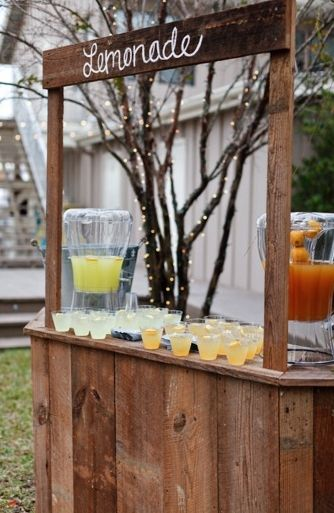 17 best images about gabby 39 s wedding on pinterest yellow for Rustic lemonade stand