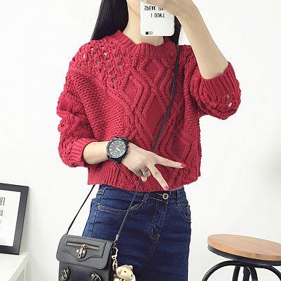 Короткий свитер с ажурной вязкой серый/черный/белый/красный