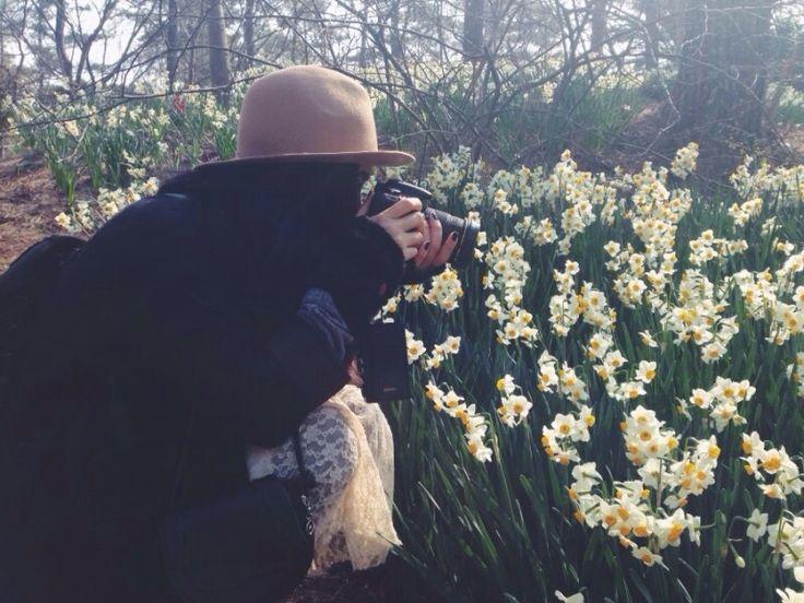Long coats  : floppy hat : lace dress : Korea : fashion blogger Sean