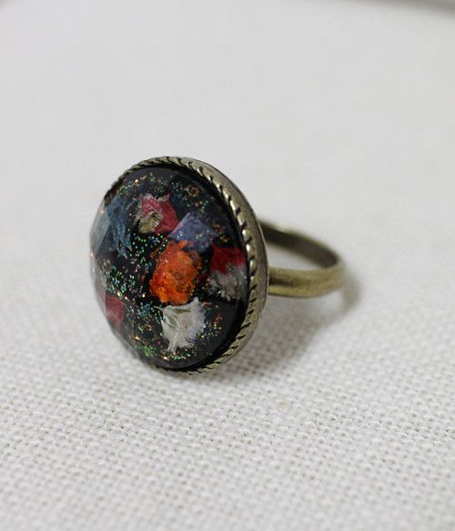 Real Flowers Big Ring