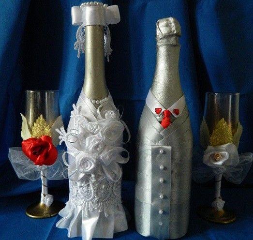 Как можно украсить бутылки шампанского на свадьбу? (11 примеров)