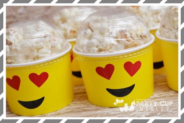 Create a winning tablescape with our Custom Emoji Party Cups! Package includes 8 paper cups with lids and hold up to 9 ounces of hot or cold drinks and or party