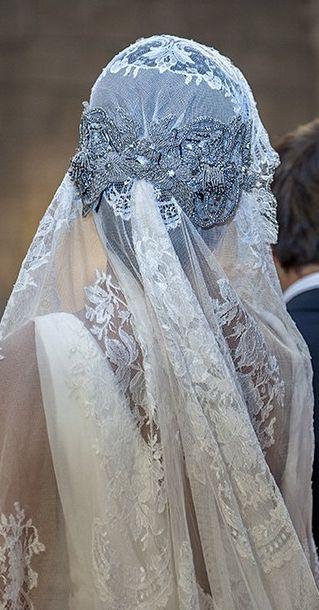 http://www.covadongaplaza.es/ vestido-dress senchermes fotos ºxº