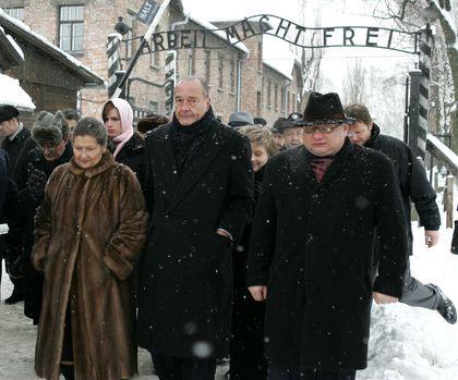 BIOGRAPHIE Simone Veil - Auschwitz 2005