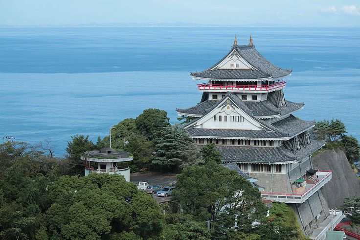 熱海城をチェック!