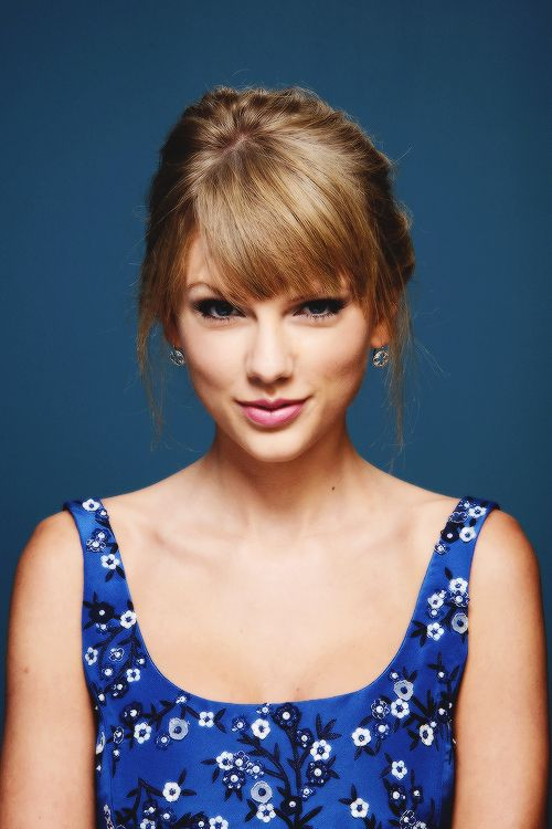 Taylor Swift Photos Photos: 'One Chance' Potraits in Toronto
