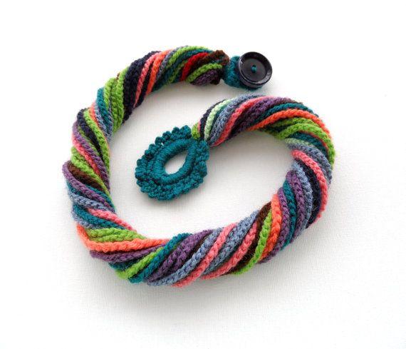 Ganchillo collar multicolor Crochet grueso por CraftsbySigita                                                                                                                                                                                 Más