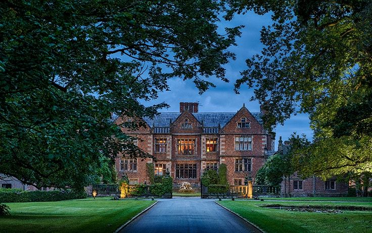 Dorfold Hall country house wedding venue in Cheshire in the evening | CHWV