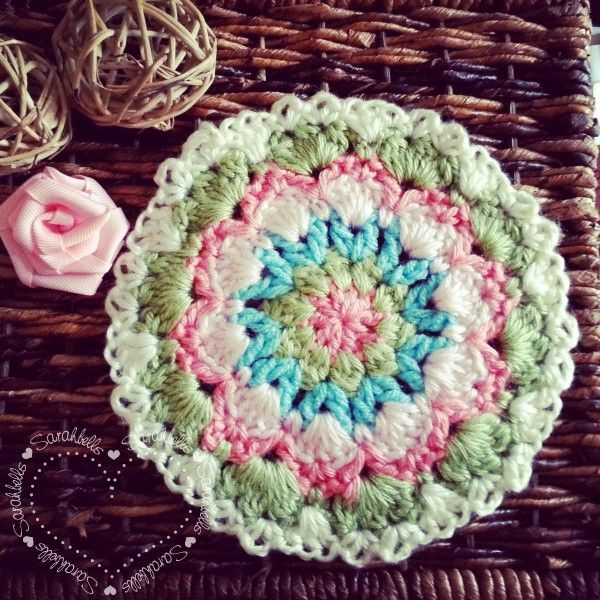 #Crochet trivet free pattern from Sarah Sweethearts