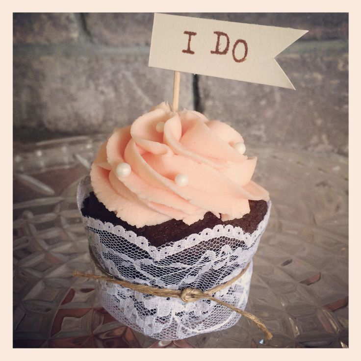 LOVE. Vintage pink cupcakes wrapped with lace and twine from Delish Cakes & Cupcakes www.delishcakes.co.nz