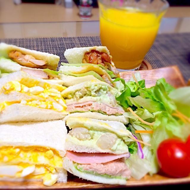 ★えびアボカド ★照り焼きチキン ★ツナマヨ ★たまご - 22件のもぐもぐ - 4種のサンドイッチ by まゆこ