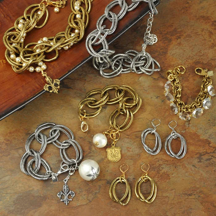 John Wind Signature Collection... I have the initial collection bracelet & necklace... Love!