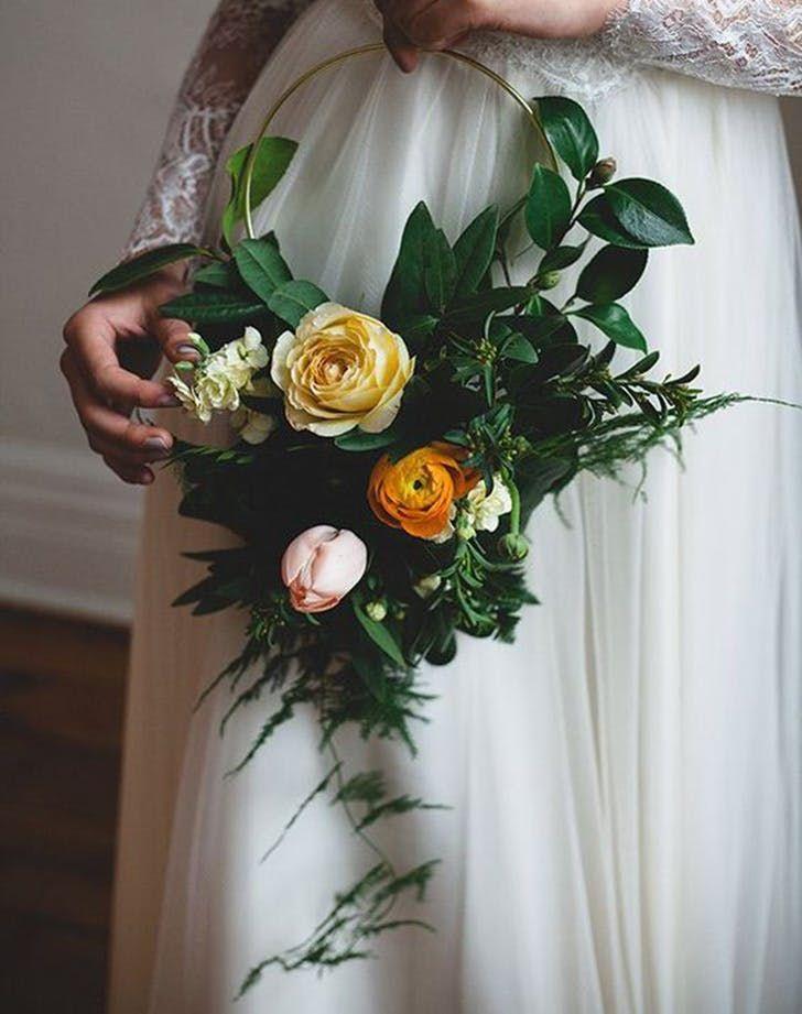 hoop bouquet wedding trend 3