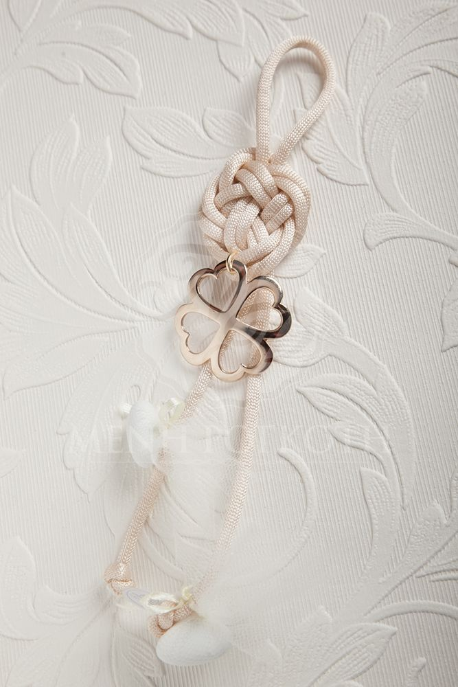 Lovely charm wedding or engagement favor with cord and metal flower #weddingfavors #weddinggifts