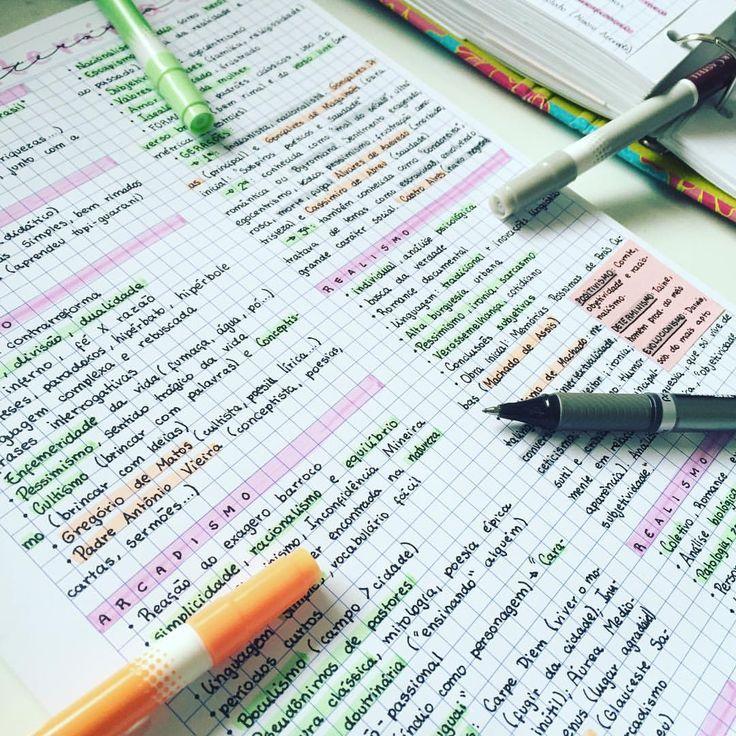 08.10.2016// maior revisão de literatura que eu já fiz na minha vida! Parei no parnasianismo, quero ver se consigo terminar todas as escolas literárias ainda hoje 😁    #enem #vestibular #estudo #resumo #literatura #study #studyblr #studyspo #studygram #instastudy #handwriting #handwritten #studyhard #studying   