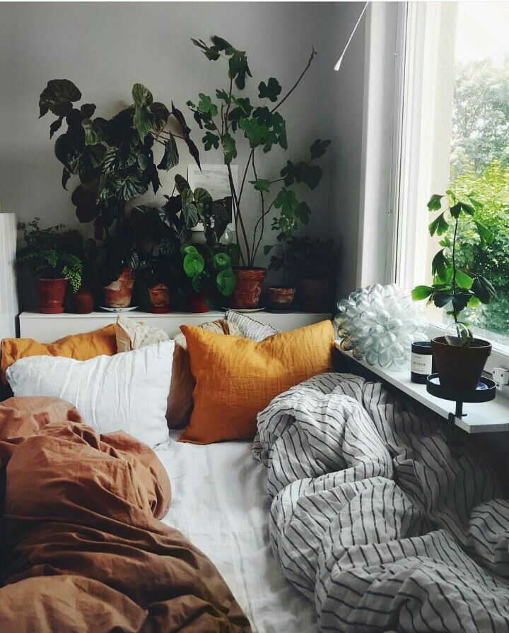 33 Scandanavian Modern Bedroom Ideas That Are Modern And Stylish Scandinavianrusticbedroom Scandi Earth Tones Bedroom Decor Earthy Bedroom Earth Tone Bedroom