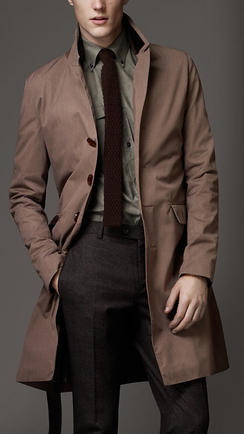 Burberry - Velvet Collar Raincoat