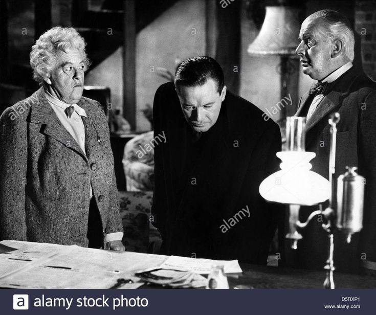 MARGARET RUTHERFORD CHARLES 'BUD' TINGWELL & STRINGER DAVIS IN MURDER MOST FOUL (1964)