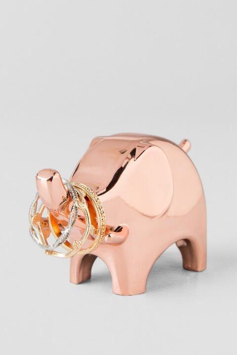 Elephant ring holder in rose gold #rosegold #elefant #ringhalter #deko