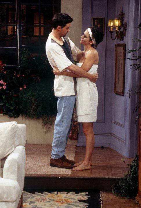 Chandler Bing & Monica (Gellar) Bing | Friends (1994 - 2004): Episode Scene, Chandler Monica, Chandler Friends, Chandler Bing, Chandler Moments, Chandler And Monica, Tv Couple, Chandler Earlier, Monica Friends